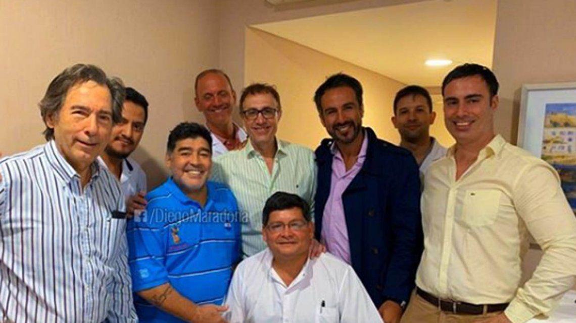 Maradona fue dado de alta y espera viajar a México