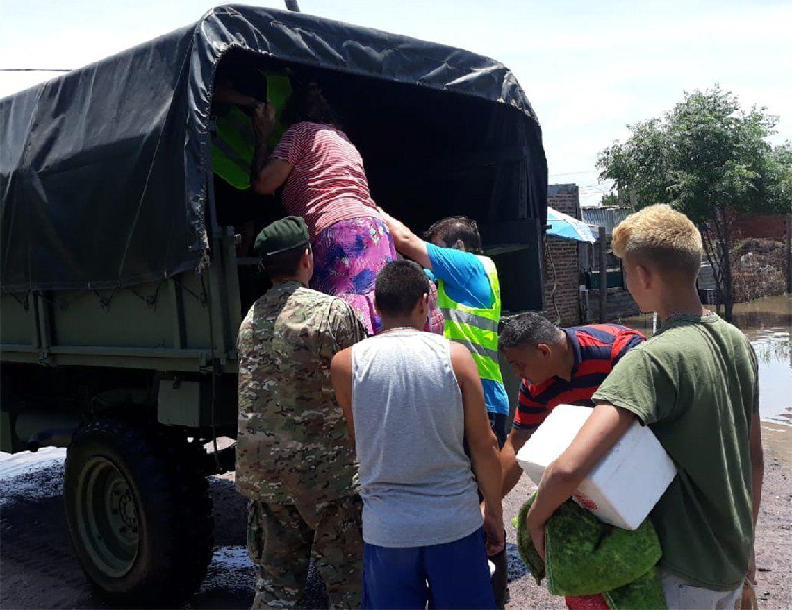 Avellaneda y Lanús: campaña solidaria luego del temporal