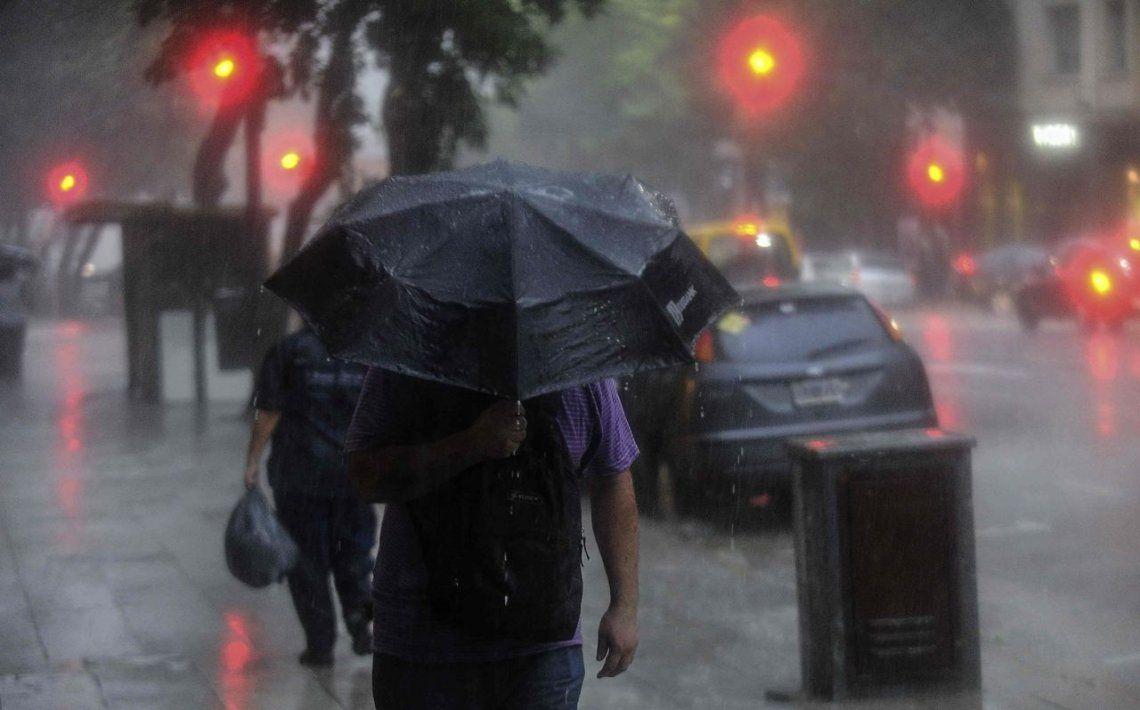 Un domingo con tormentas en la Ciudad y alrededores