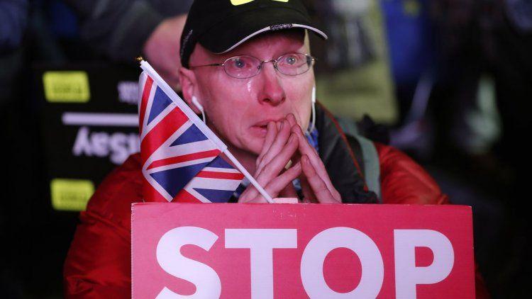 El Parlamento británico rechazó el acuerdo planteado por May para el Brexit