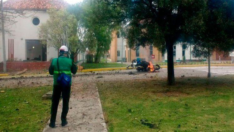Atentado en escuela de Policía en Bogotá: hay al menos 8 muertos