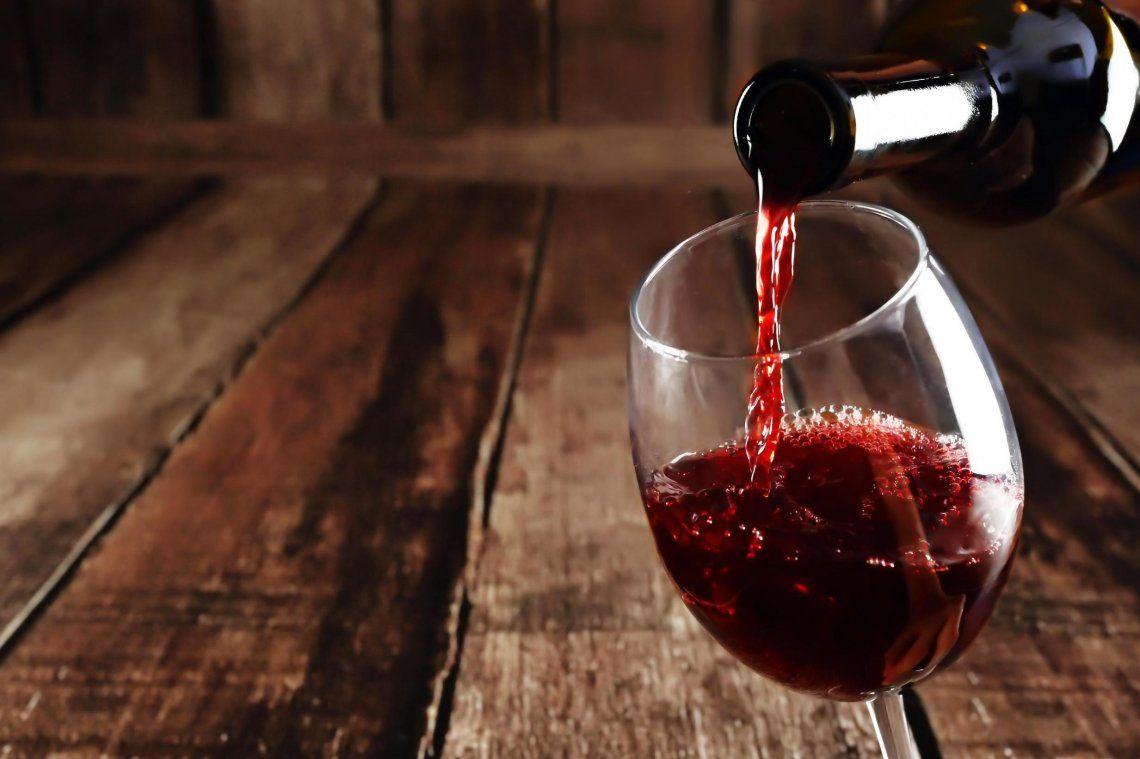 Ahora dicen que el vino reduce los problemas del coronavirus