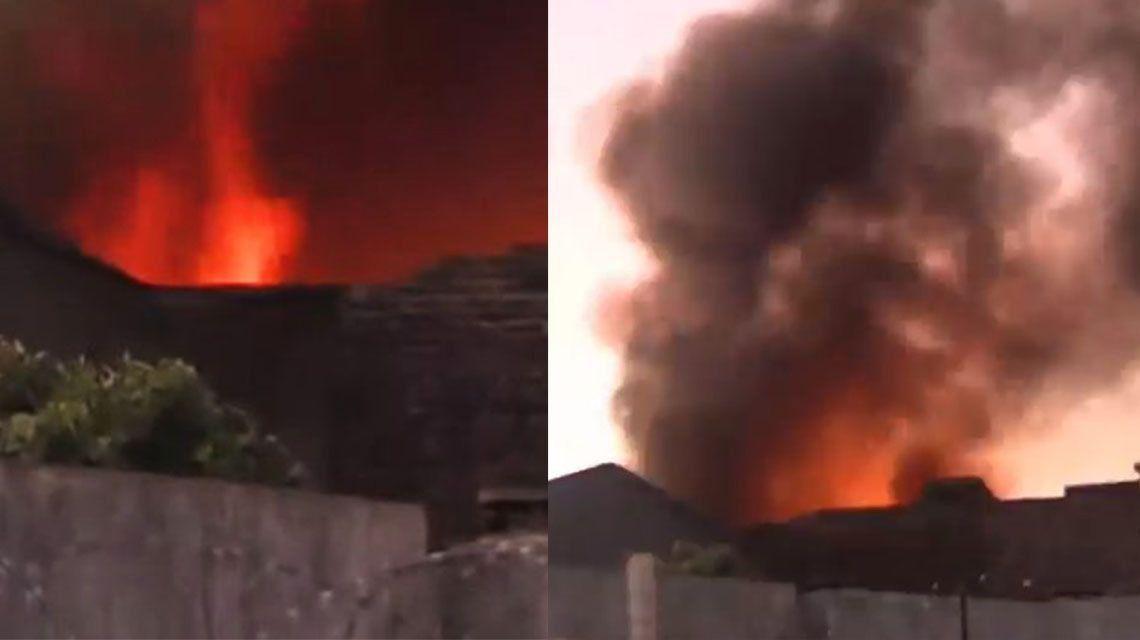 Mataderos: voraz incendio en un depósito y un taller