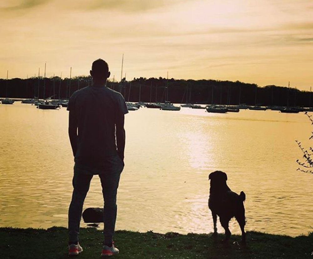 Nala, la mascota de Emiliano Sala, aún lo espera en Francia