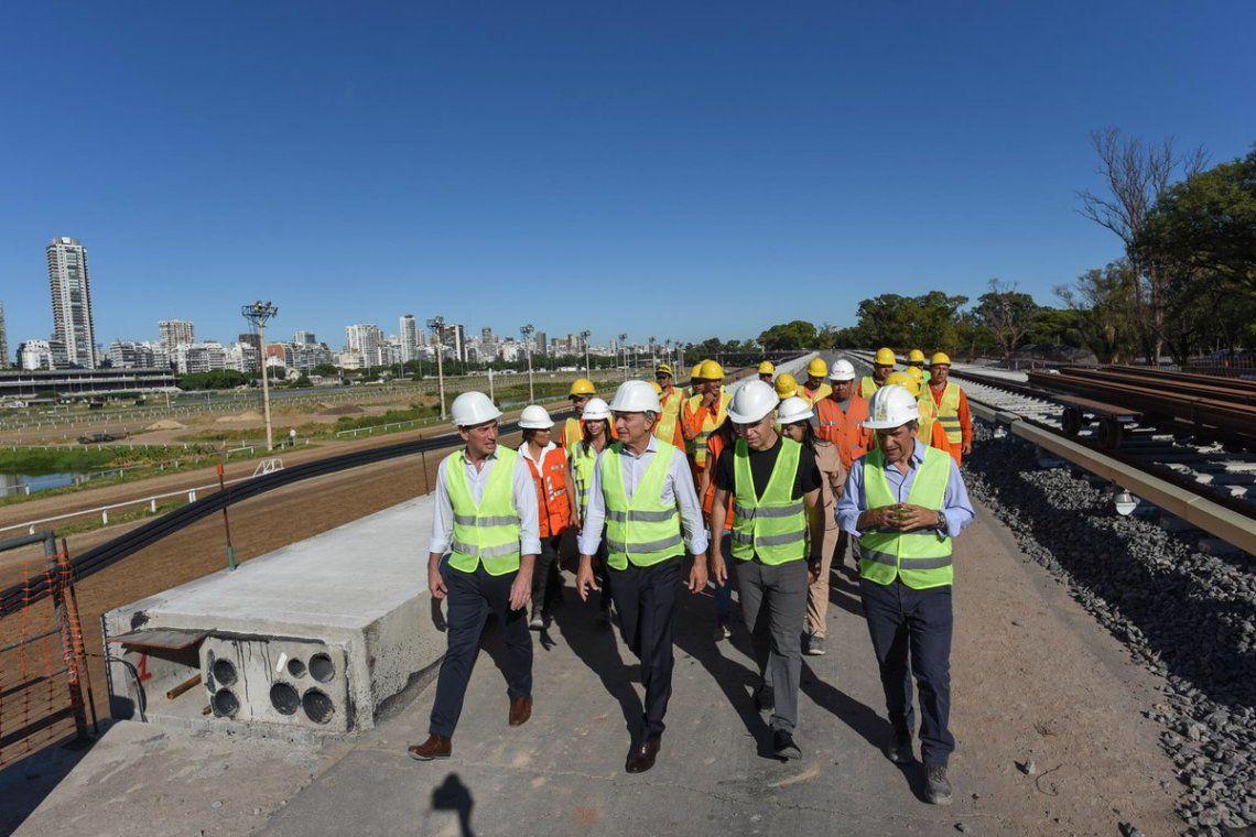 Mauricio Macri y Horacio Rodríguez Larreta recorrieron las obras del Viaducto Mitre