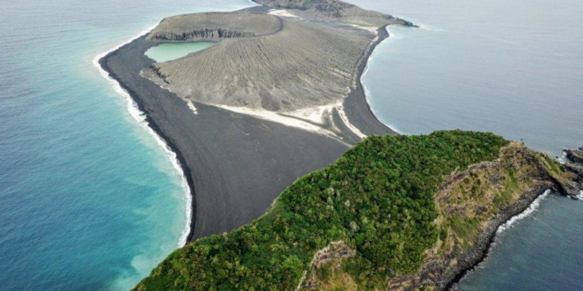 Así es la misteriosa isla surgida de la nada y que desconcierta a la NASA