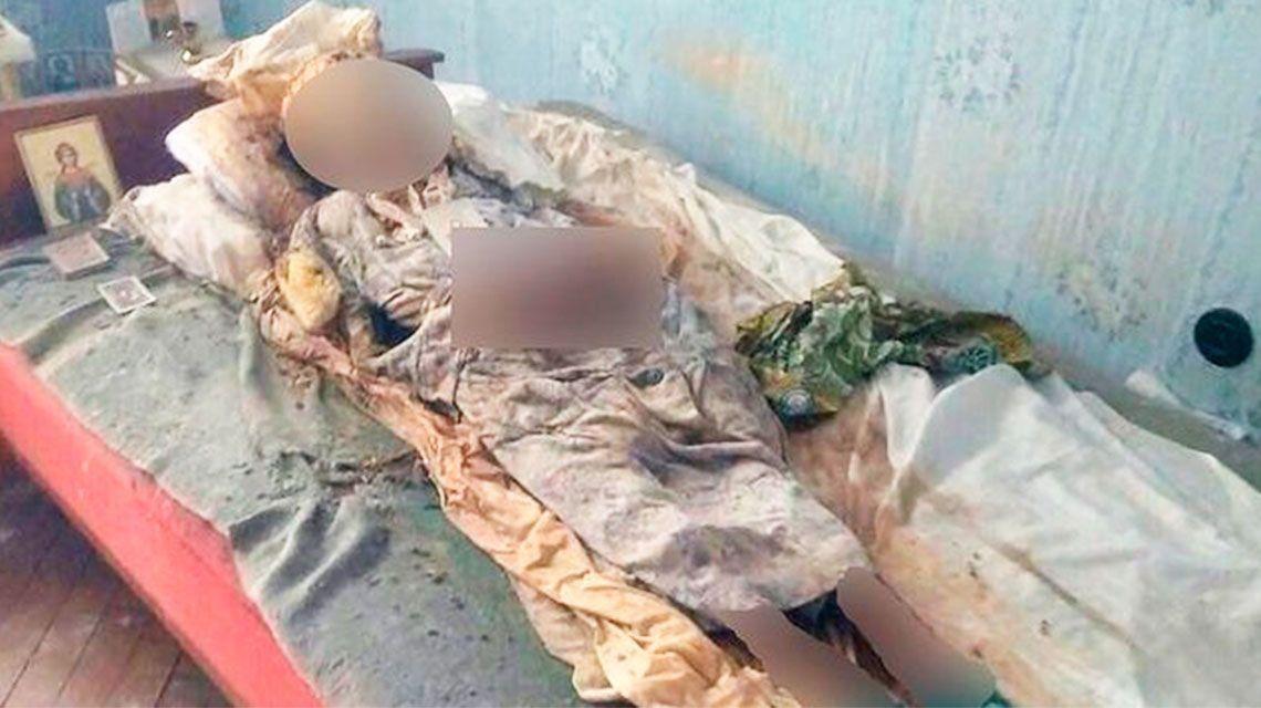 Una mujer convivió durante más de tres años con el cadáver de su madre