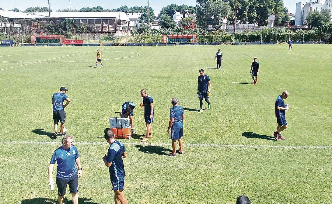 dEl Celeste se volvió de Villa Crespo con una derrota