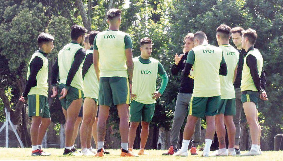 dEl plantel de Defensa volverá hoy a los entrenamientos de cara al duelo con Argentinos Juniors.