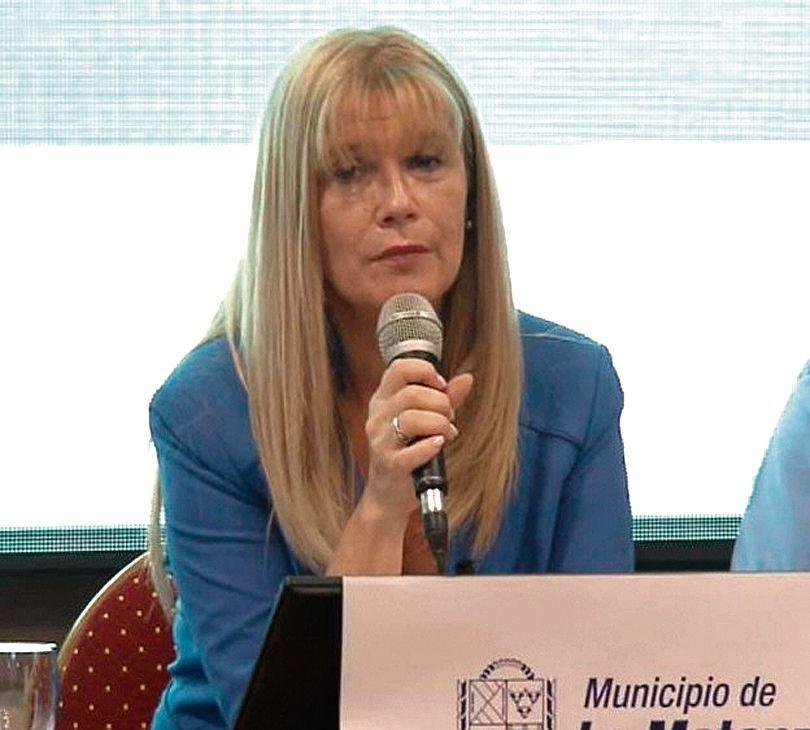 dVerónica Magario
