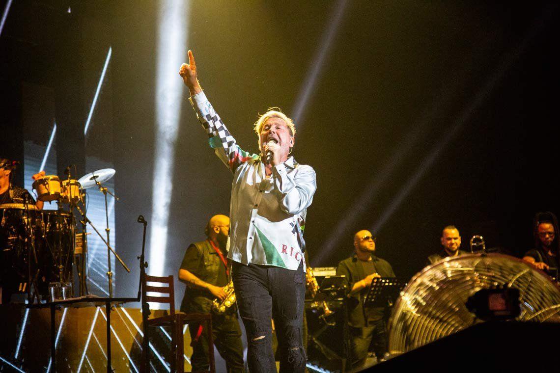 Ante un Luna Park colmado, Ricardo Montaner brilló en su primera presentación en la Argentina