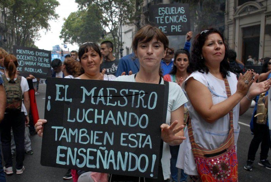 Los salarios docentes argentinos están entre los más bajos del mundo