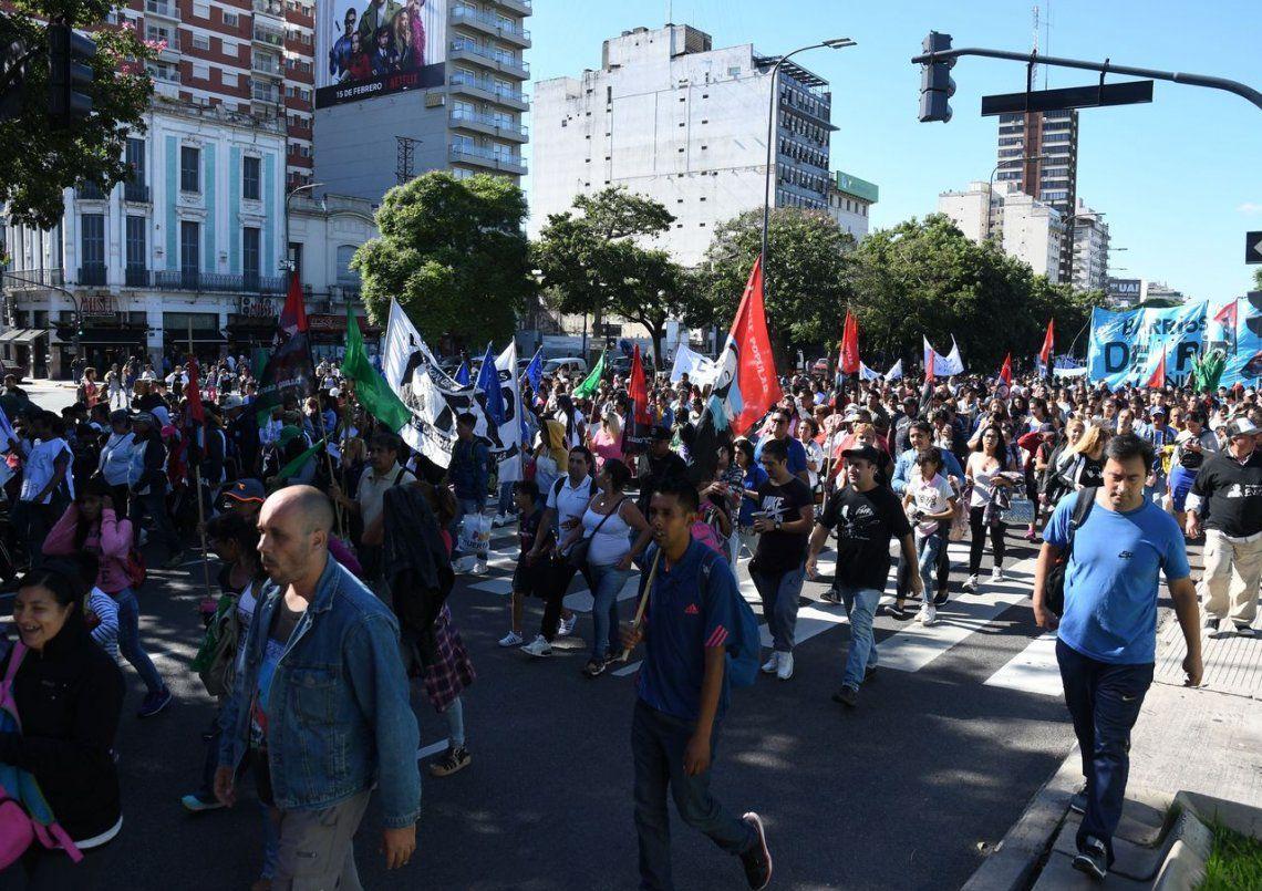 Movimientos sociales realizaron protestas en la Ciudad
