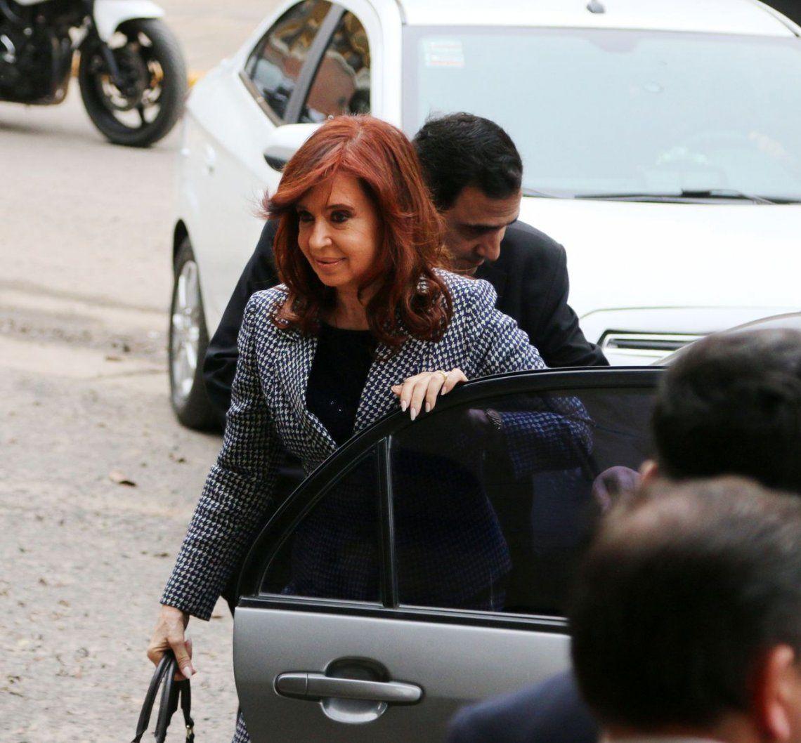 Se postergó el inicio del primer juicio oral contra Cristina Kirchner