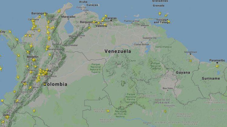 Maduro cerró el espacio aéreo de Venezuela y la frontera terrestre con Brasil