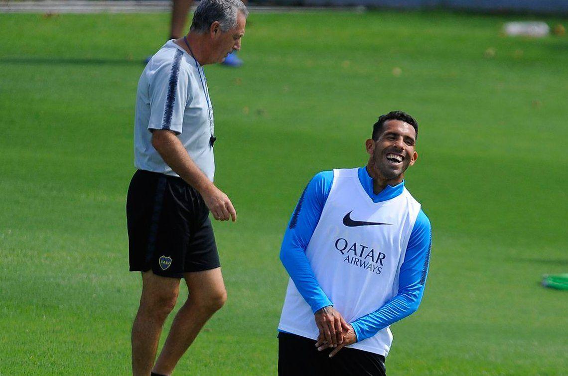 Tevez se recuperó de la lesión de rodilla y Alfaro lo tiene para la final con Central
