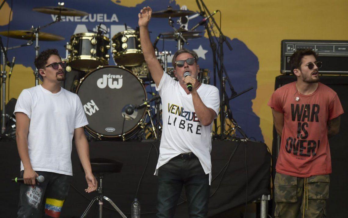 El recital por Venezuela en el que participaron Juanes y Montaner recaudó menos del 3% del objetivo