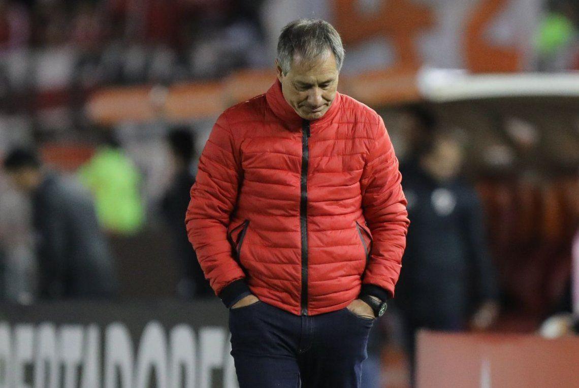 Holan: Mi cabeza está en Independiente, pero no pienso en el futuro personal