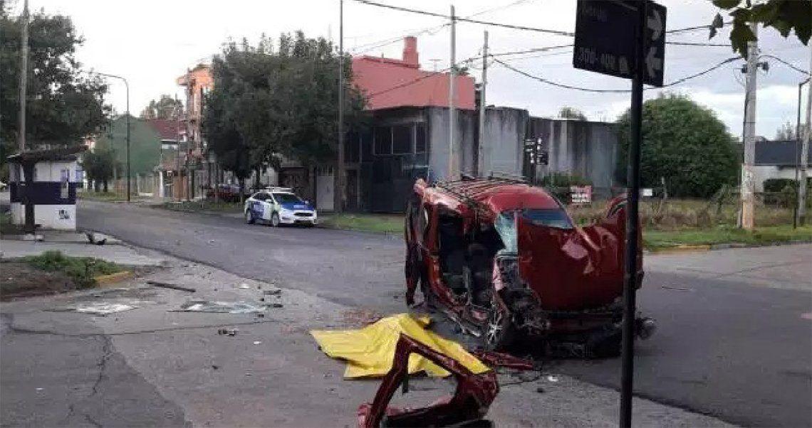 Quilmes: choque fatal entre un colectivo la Línea 22 y una camioneta