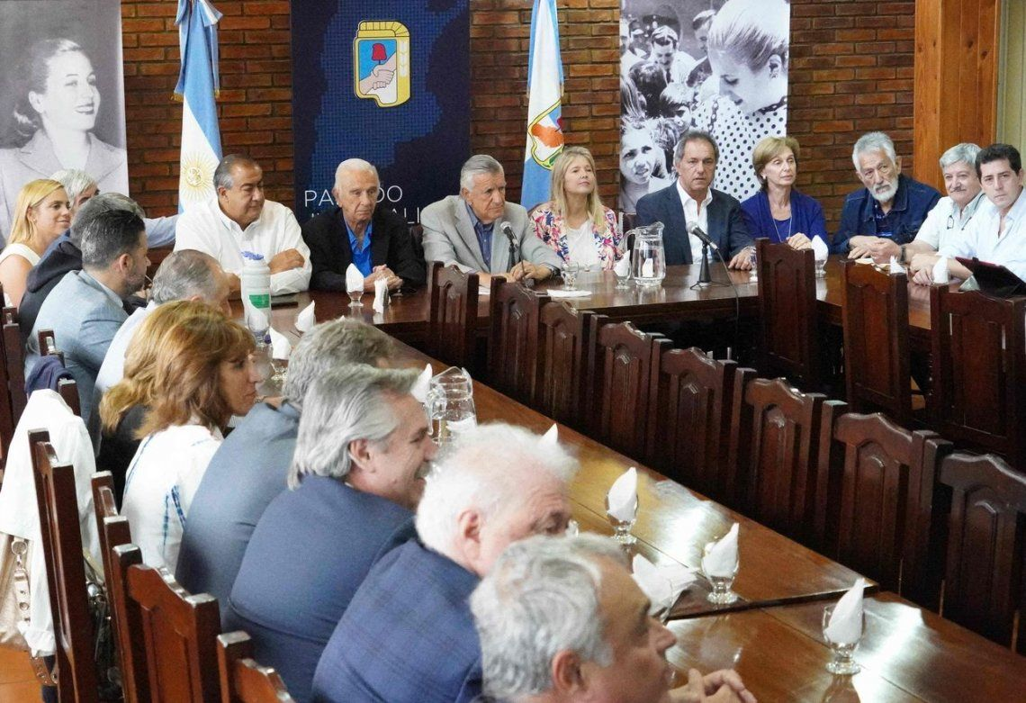 Se reúne el PJ para conformar un gran frente opositor de cara a las elecciones