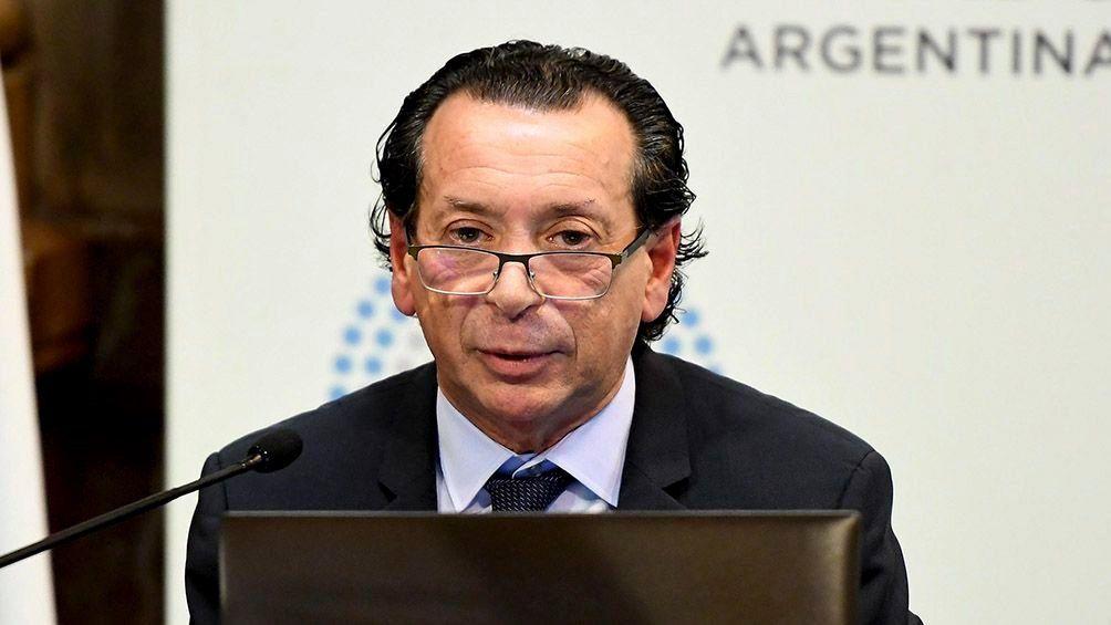 Dante Sica dijo que la medida para combatir la inflación es bajar el déficit fiscal