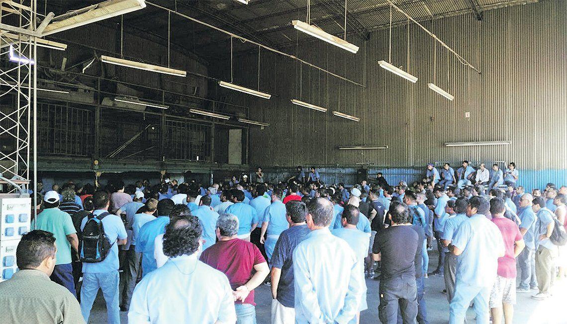 Crisis en el Expreso Lomas hace peligrar 400 empleos