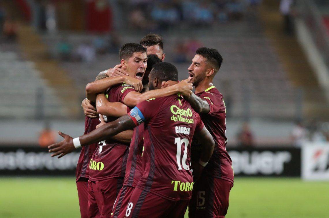 Godoy Cruz consiguió un punto valioso ante Sporting Cristal en su visita a Lima
