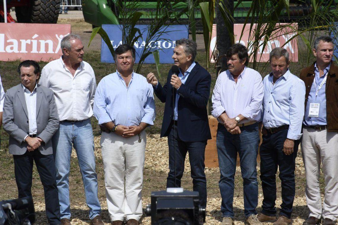 Macri aseguró que el campo  volverá a poner en marcha a los pueblos del país