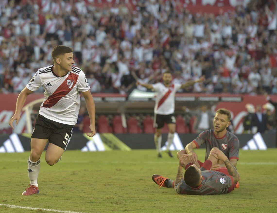 River aprovechó el desconcierto de Independiente y lo goleó