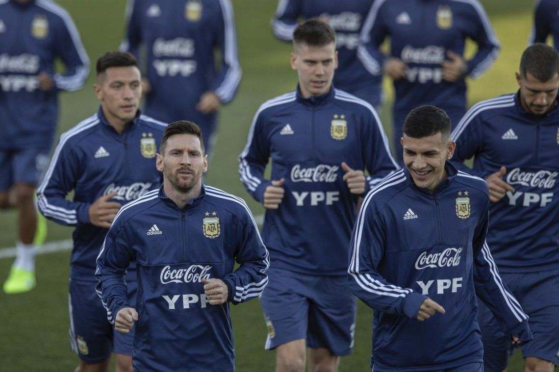 Messi volvió a la Selección y realizó su primer entrenamiento - AP