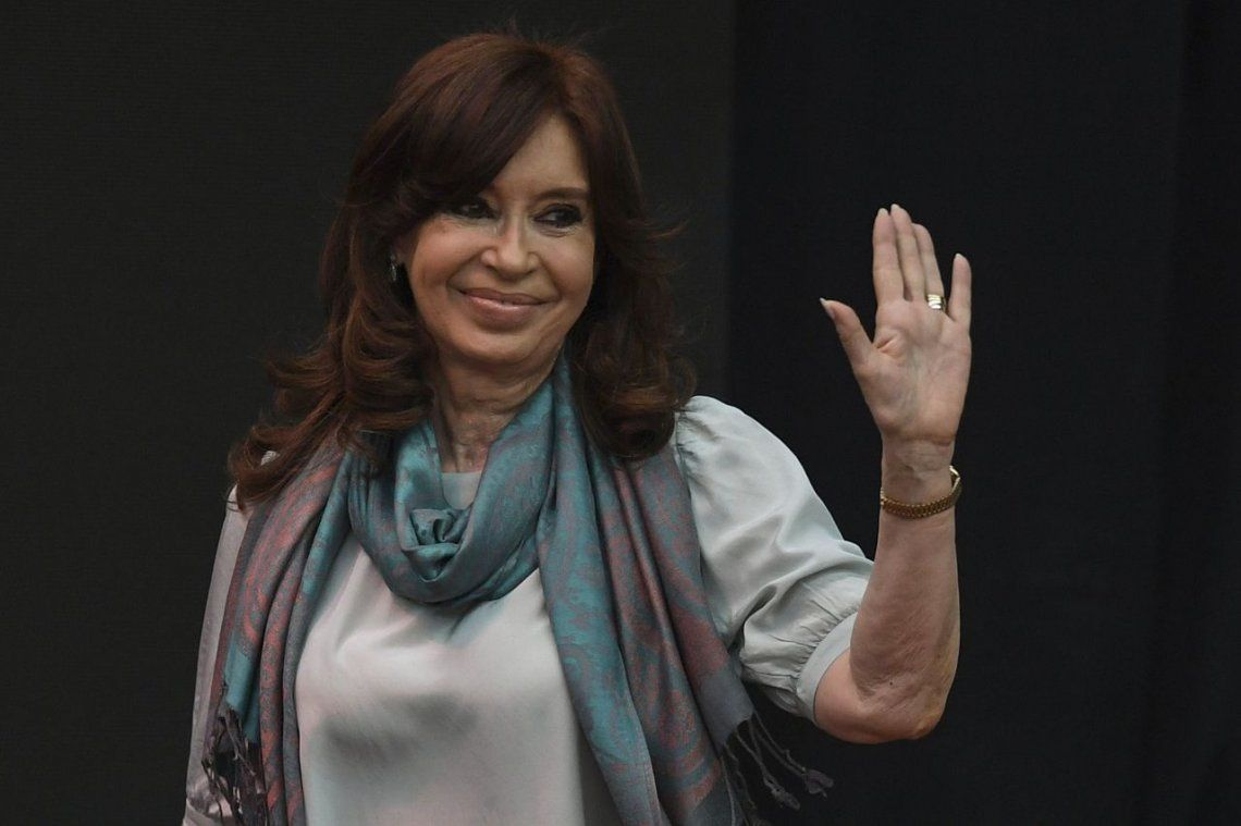 Cristina Kirchner acumula cinco pedidos de prisión preventiva
