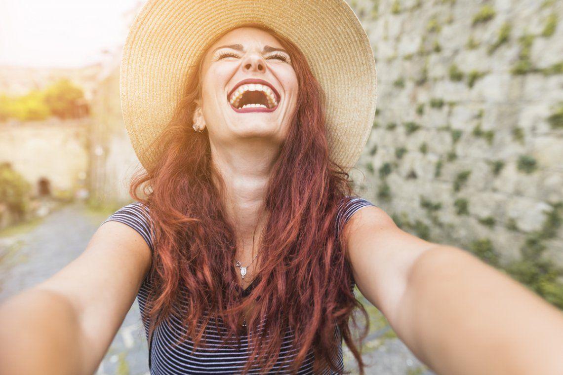 En un año Argentina descendió 19 lugares en el ranking de la felicidad