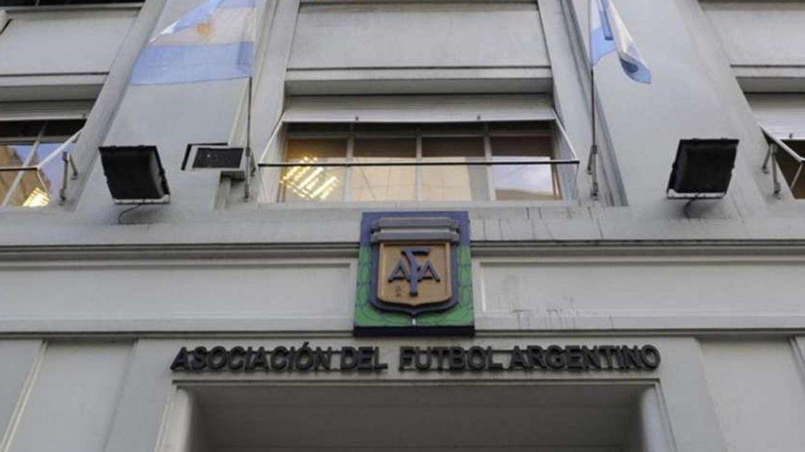 La AFA homologará los tres descensos en Superliga