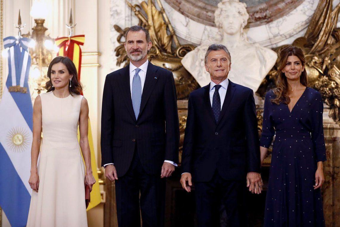 Felipe VI con Macri: Apoyamos a la Argentina como siempre lo hemos hecho en momentos difíciles