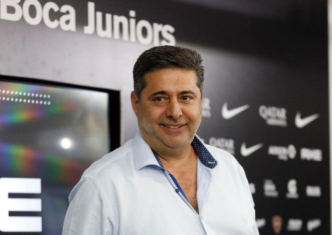 Daniel Angelici podría tener un cargo en FIFA