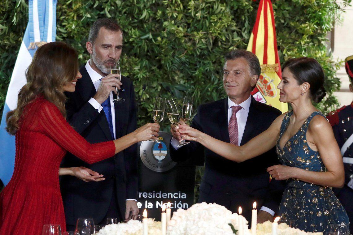Mauricio Macri en la cena de gala con los reyes de España: Estamos convencidos de lo que estamos haciendo y no vamos a volver atrás