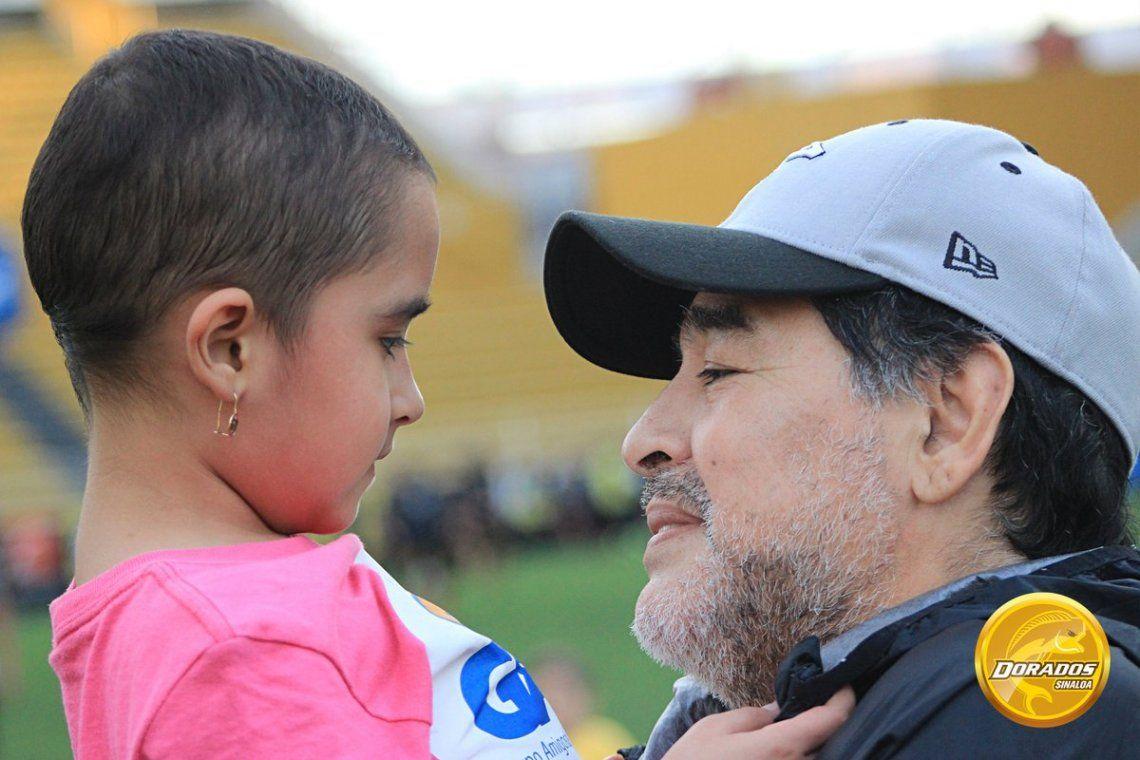 Diego Maradona con Gema