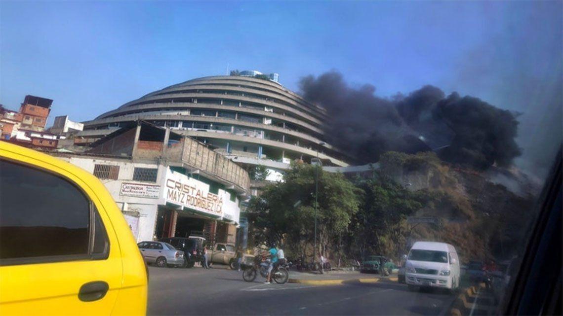 Venezuela: se incendió El Helicoide, una cárcel de presos políticos