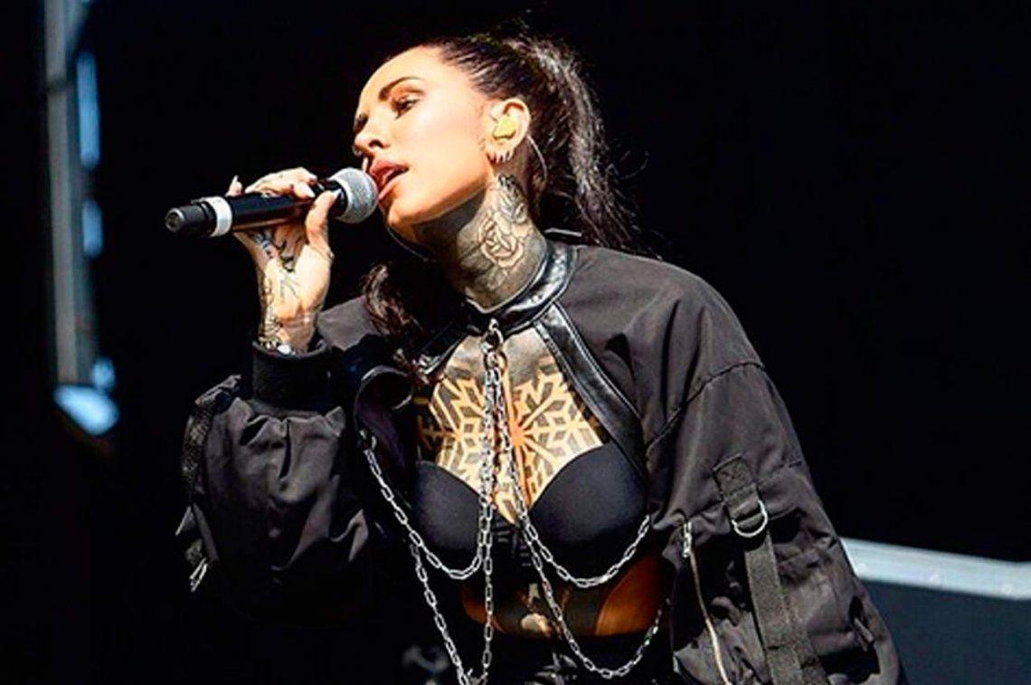 Cande Tinelli tuvo un debut accidentado en el Lollapalooza