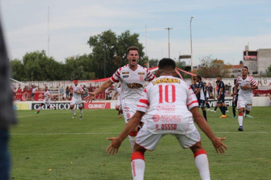 Barracas Central, el equipo de Chiqui Tapia, ascendió a la B Nacional