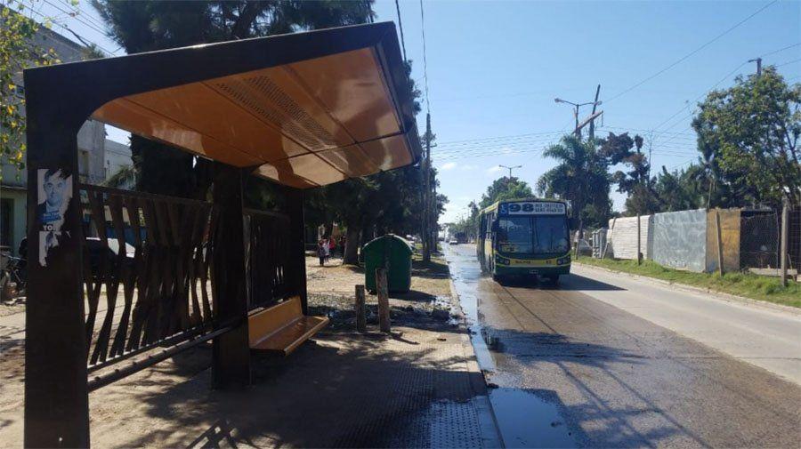 Quilmes: robos piraña a alumnos en las paradas de colectivos