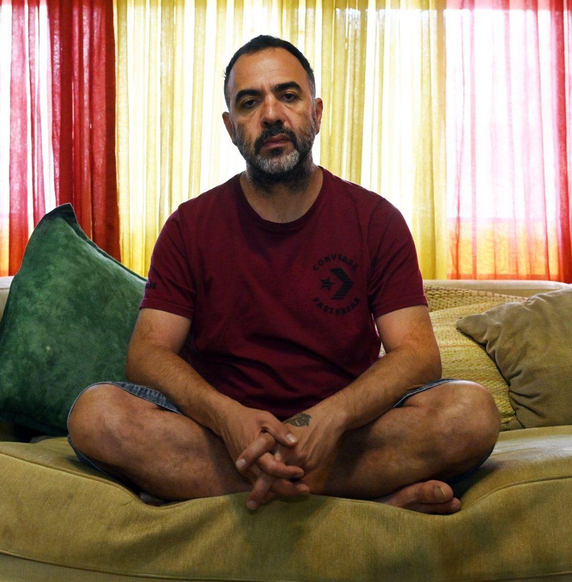 Adrián Caetano: Tevez es sobreviviente del mundo que lo rodea