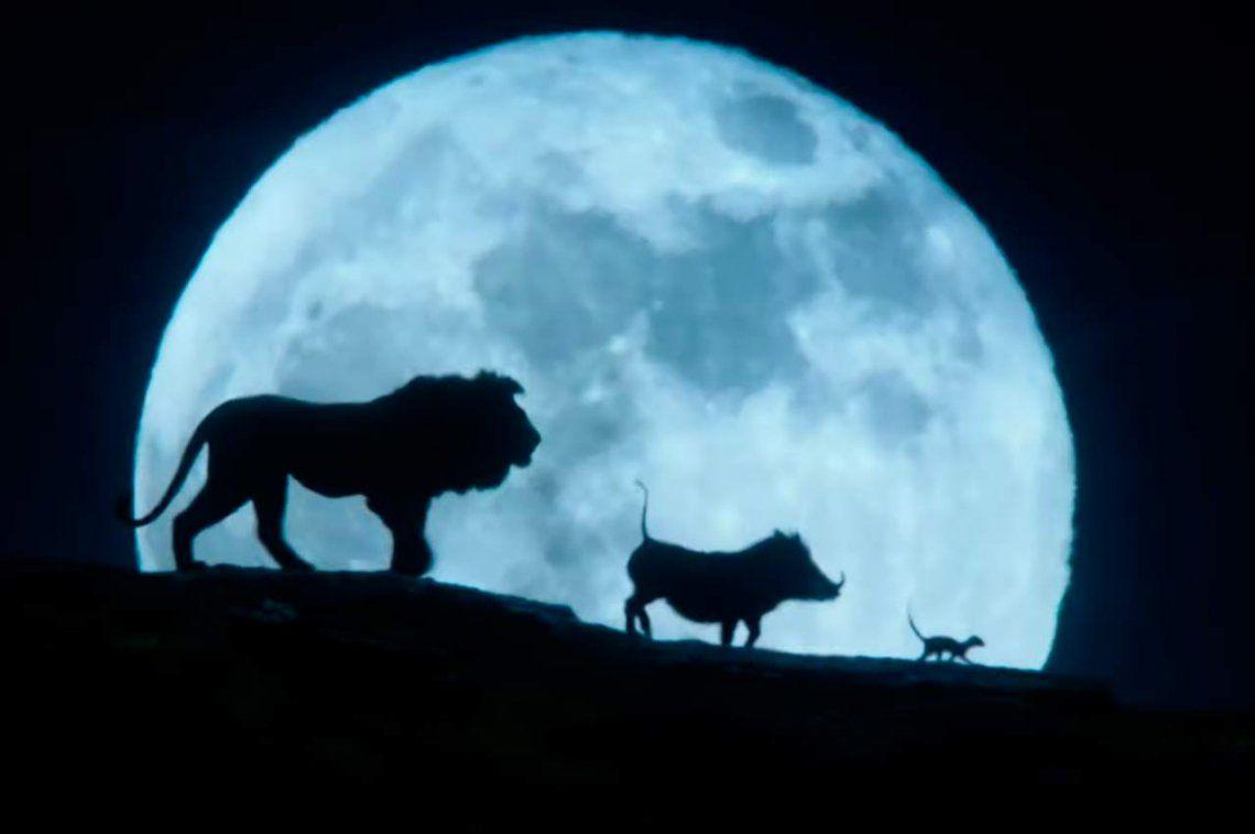 El último trailer de El Rey León muestra por fin a Pumba y a Timón