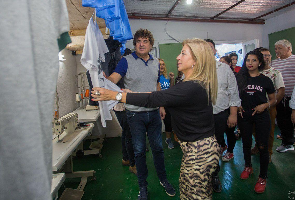 Berazategui: inauguraron taller textil con cooperativistas
