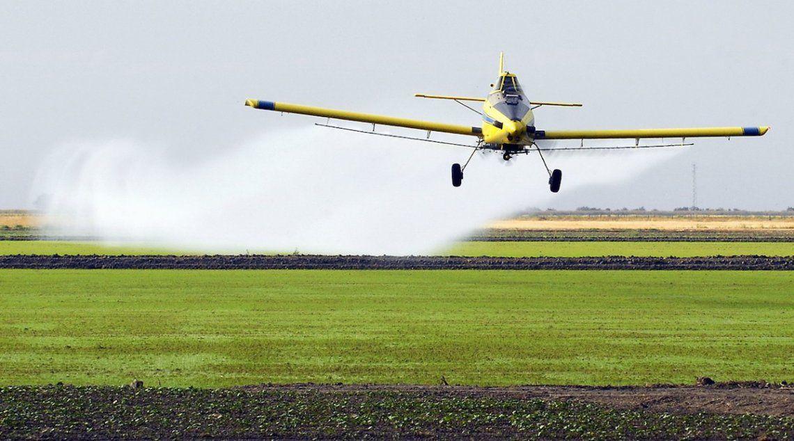 Pergamino: ordenan suspender el uso de agroquímicos en tareas de fumigación porque afecta la salud de vecinos
