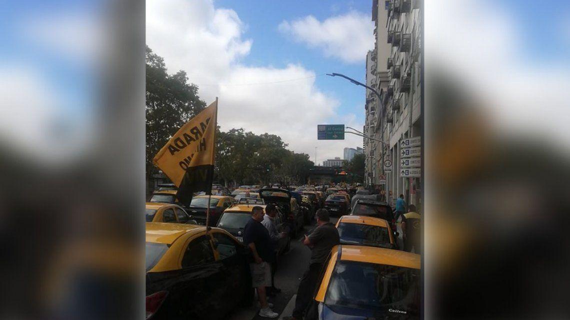 Jueves de protestas en la Ciudad frente al Ministerio de Desarrollo Social y Plaza de Mayo
