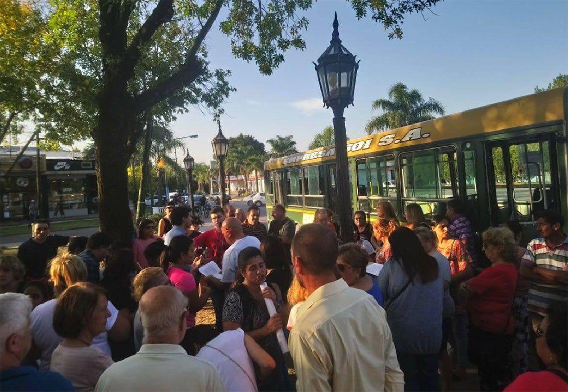 Almirante Brown: Longchamps vuelve a marchar por seguridad