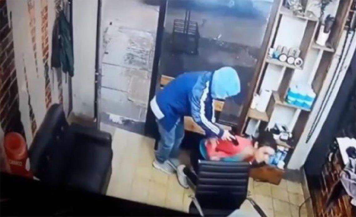 Florencio Varela: una madre y su hijo vivieron momentos de terror en una peluquería