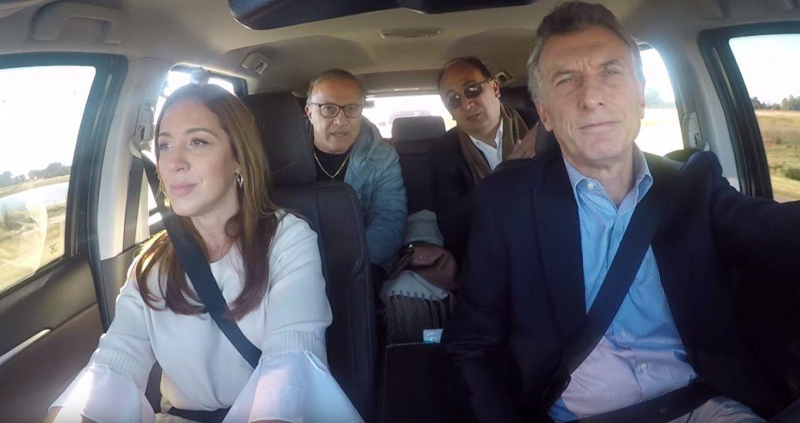 El video de campaña de Mauricio Macri recorriendo en auto las rutas de la provincia