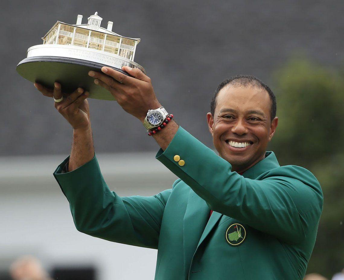 Tiger Woods se reinventa y gana un nuevo Masters de Augusta